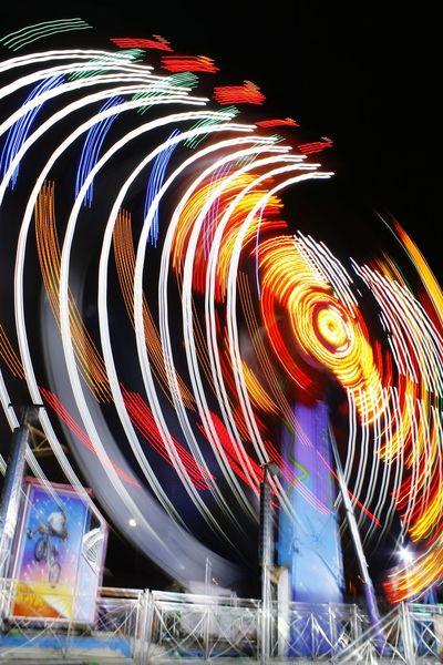 Juegos mecánicos Feria Carnival Luces Long Exposure Larga Exposicion Canont3 Glitch