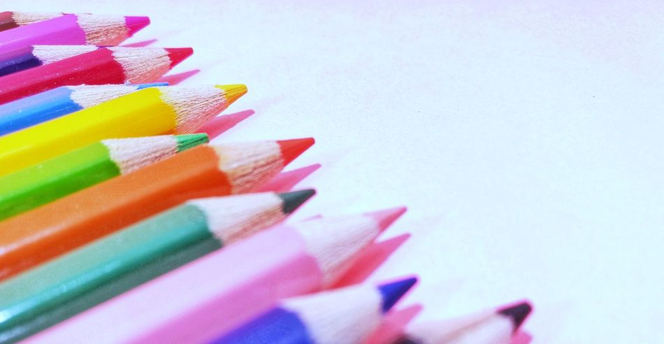 Kindergarten Pink Background Multi Colored Variation Colored Pencil Choice Indoors  Close-up No People Studio Shot Day Pencil Colorful Large Group Of Objects Art And Craft Indoors