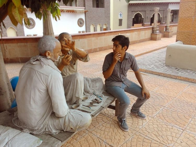 """Hmmm..... Let me learn too!"" Thats what I'm saying to these sculptures at Museum of State History, Kurukshetra University. Thinking Just Thinking. . People Portrait People Working Having Fun People Photography Taking Photos Check This Out Haircut Time"
