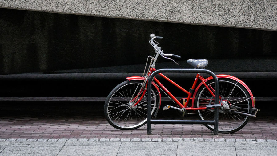 Bike Bicycle Barbican Streetphotography London Cyclist Travel The Street Photographer - 2017 EyeEm Awards EyeEm LOST IN London The Week On EyeEm