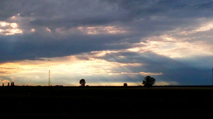 The Calm After The Storm Sky And Clouds Sun Rays Montagnana