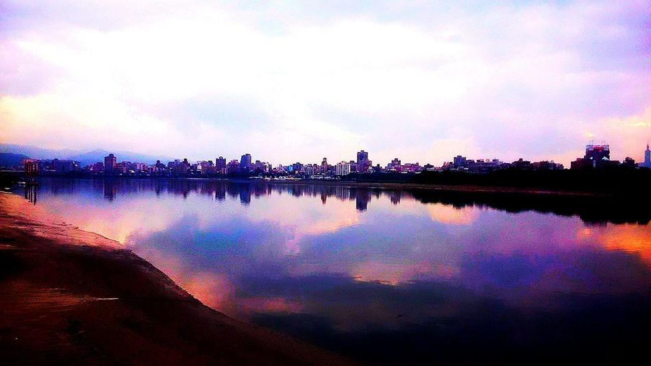 EyeEm Best Shots Reflection Cityscape TheMinimals (less Edit Juxt Photography)