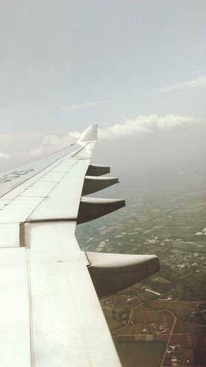 Hi TaiwanTaiwan Taipei Air Plane From An Airplane Window Hi! Hello ❤