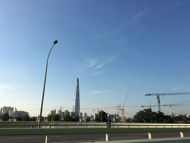 Lotteworld Tower LOTTEWORLD Lotte World Tower Under Construction Garak Sky Tower Crane