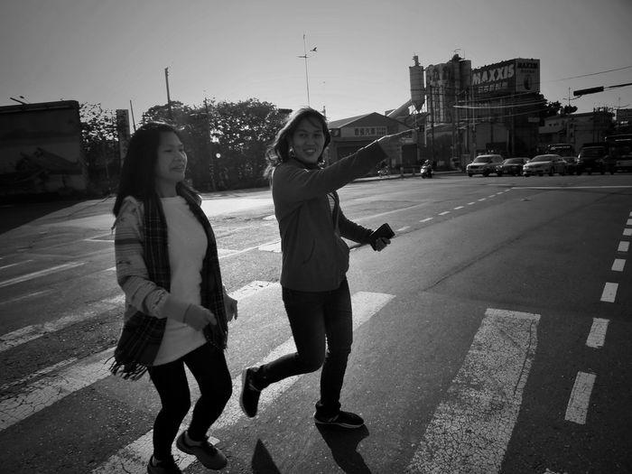 2017/4/3 家族群像 於社子 Family Family❤ Family Time Taiwan Bw Bw_lover BW_photography B&w Photo B&w Bw Photography B&w Photography Bwphotography City Togetherness Standing Holiday Moments EyeEmNewHere