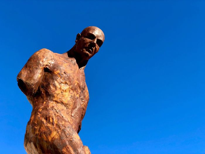 Statue Rusty