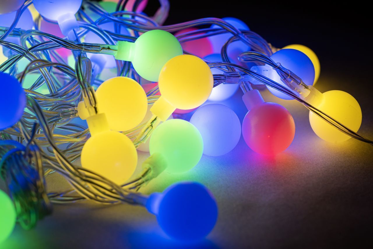 multi colored, blue, indoors, celebration, no people, selective focus, large group of objects, decoration, still life, balloon, close-up, event, yellow, shape, variation, sphere, party - social event, choice, purple