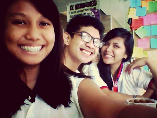 Happynationalbestfriendsday :)) @shamceyy @iamjmbenedicto <3