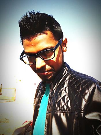 Selfportrait Selfie ✌ My Pic Selfie ♥ Selfienation Selfshot Being Stylish  Fashion Photography Leather Jacket Black Jacket YouthAlive