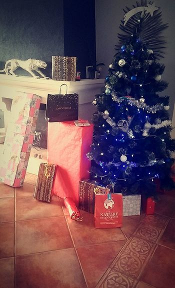 Christmastime Last Presents Exciting Picoftheday Family It's Time To Open It ???