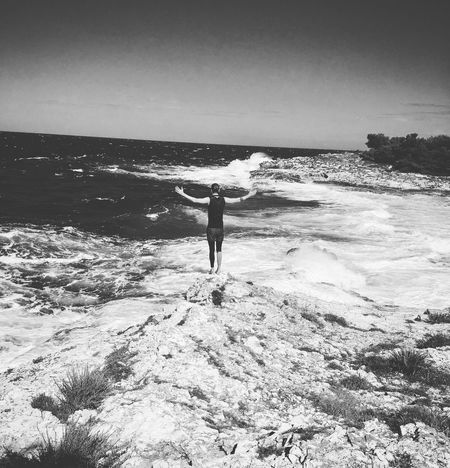 Sea Water Real People Horizon Over Water One Person Beach Cliff CliffJumping Jump Sport Beauty In Nature Nature Standing Wave Men Outdoors Croatia Island Pic Picoftheday Beautiful Lifestyles Beach Life Shore Saltwater