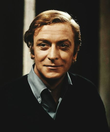 Happy Birthday! To Mr Michel Caine 83 today 🎈🎂😊