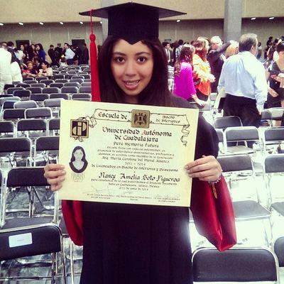 Hermana Graduada Uag Porfin felicidades. ?✋?????