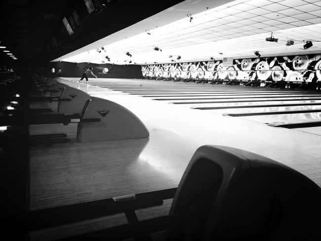 Bowling black and white