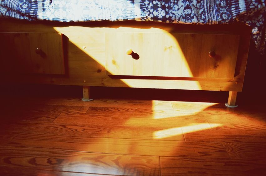 Daylight Saving Shadow Sunlight Abstract Bedroom No People Bedsheets Bed Hardwood Floor Hardwood Daytime Daylight Shadows & Lights Cozy Home