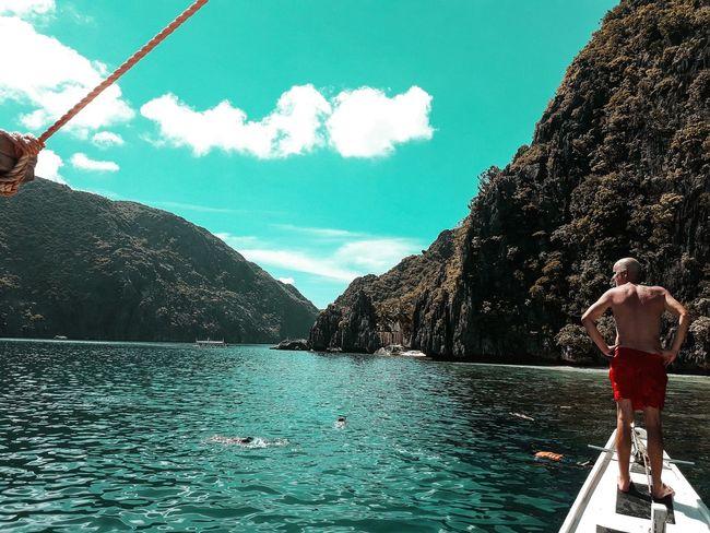 Outdoors EyeEmBestPics EyeEmNewHere EyeEm Nature Photography Eyeem Philippines Travel Destinations Palawan Beach Betterlandscapes Horizon Over Water Coastline Sky Palawanadventures Eyeemphotography EyeEm Best Shots Beauty In Nature Cloud - Sky Beach Sailing Sea Scenics Nature