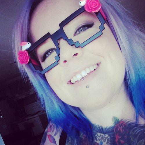 Selfie Dyedgirlies Bluehairdontcare Geek Bunny  tattooedgirls tattooedchicks smile