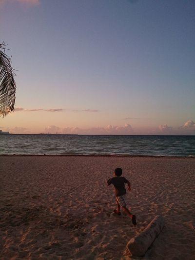 Run boy! Sand Footprints In The Sand Footprints Ocean Nature Horizon Over Water Progreso Mérida, Yucatán Beach Naturaleza Xperia ZL Mobilephotography Outdoors Sky Sunrise Landscape Clouds Colors