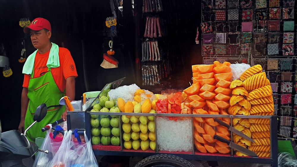 Chatuchak Weekend Market Ananas Bangkok Chatuchak Weekend Market Food For Sale Freshness Fruits Mango Market Market Stall Multi Colored Pappaya Thailand