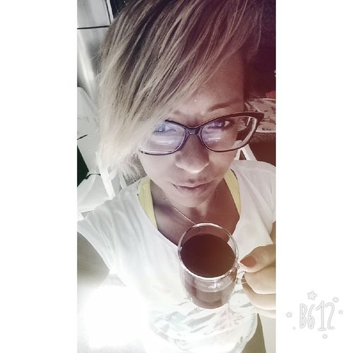 Morninnngggg Coffee... 😎😎😎 Blond Hair Breath EyeEm Young Adult Helloworld Today's Hot Look Portrait Happiness Smile ✌ OpenEdit Fitmom Happines EyeEm Gallery Illbeok ImStrong Looking At Camera Thatsme ❤️ Style ✌ Believe Uglygirl  Lifestyles Goodmorning EyeEm  Goodmorning Coffeebreak Coffeetime