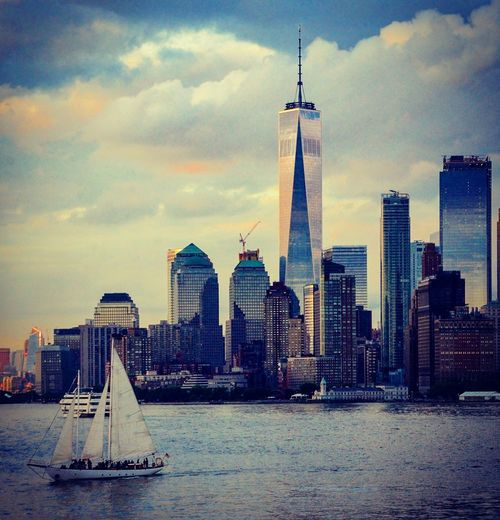 #newyorkcity #nyc #skyline #worldone #newyork #manhattan Newyorkcity Manhattan Manhattan Skyline Skyscraper Architecture Urban Skyline Cloud - Sky Cityscape Building Exterior Travel Destinations City