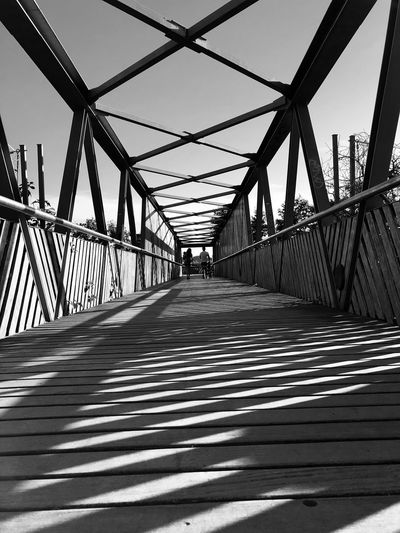 BRIDGE Shadow Built Structure Connection Bridge Bridge - Man Made Structure Architecture Metal No People Diminishing Perspective