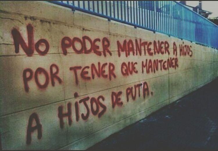 Anarchy Street Streetphotography Pintura Red Hijosdeputa