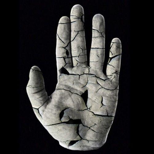 Моя рука трещины символ стоп
