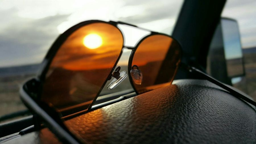 Through The Windshield Cellphone Photography Samsung Galaxy S6 Edge Taking Pics While Driving View From My Offi Morning Sky Selective Focus Near And Far My Desk At Work Through The Window Traveling Enjoying The View Sunset Sunglasses Horizon Lonely Road The World Around Me