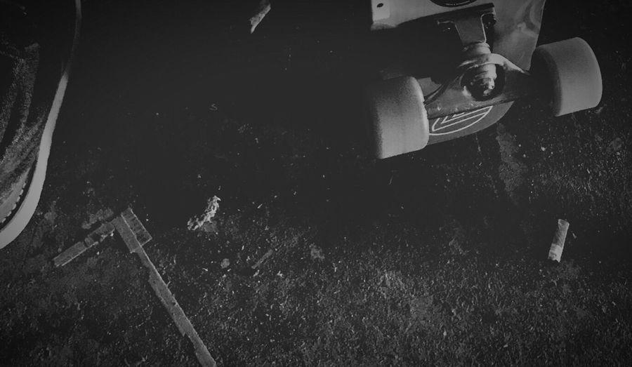 DogTown Jayadams Z-Flex Skatelife Skateboard Skateboarding EyeEm Best Shots EyeEm Best Shots - Black + White Blackandwhite Photography Blackandwhite Hello World OneLove Life Is Beautiful Enjoying Life Sk8life ちゃんと泣けているかい? ちゃんと笑えているかい? ちゃんと向き合えてるかい? 届いているかい? 感謝だな Low Section One Person High Angle View Human Leg Real People Directly Above Men Night Outdoors Human Body Part One Man Only Close-up Human Hand People 息子のスケボーの上達スピードに恐れおののき、仕事行くにも、現場行くにも、遊び行くにもスケボー持ってくようになった。中坊の頃みたいで、なんかいーな。sessionしにstudio行ってギター忘れたことに気付く。しかしスケボーは忘れない。そして何より、studioの駐車場に調子良さげなバンクがある事も。よーするにこれからも怒られながら、ふらふら生きてきますわ。バシッとね🌀