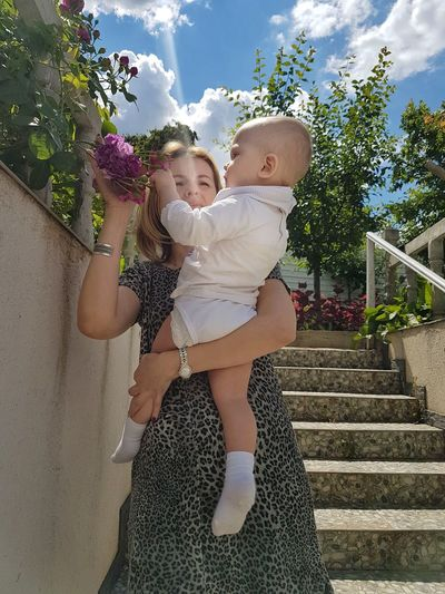 Togetherness Happiness Babyinarms Auntiesbaby AuntieLove Love My Family ❤ Purpleflower Garden Beamoflight Ray Of Sun Discover  Nature&Human Sunbeam Summer ☀ Toddler  Beautiful Woman Family Kids Home Fashion Happy Home Domestic Life Lifestyle Inner Power