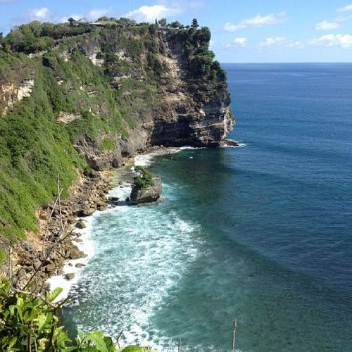 Peacefulness at every corner of the world. Peaceful Bali Cliff Relax wave iphone blue green.