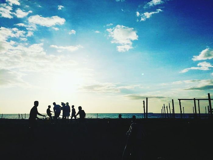 Sport Leisure Activity People Silhouette_collection Beachside Kidsphotography Happy Hangingoutwithfriends