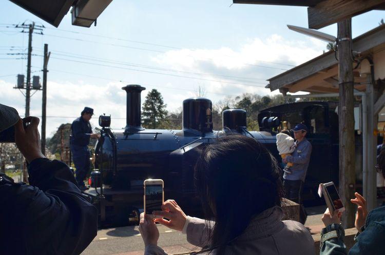 駅のホーム 小湊鉄道 列車旅 小旅行 Taking Photos People Watching From My Point Of View Capture The Moment Train Station Platform Railway Station Platform Spring DaysShort Trip Snapshot April 2017