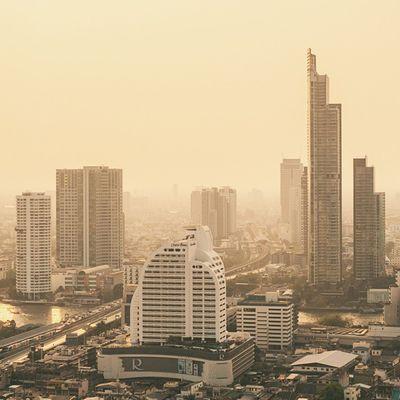 Lost city. Vscocam Fog City Igersthailand Bangkok Robinson Sathorn