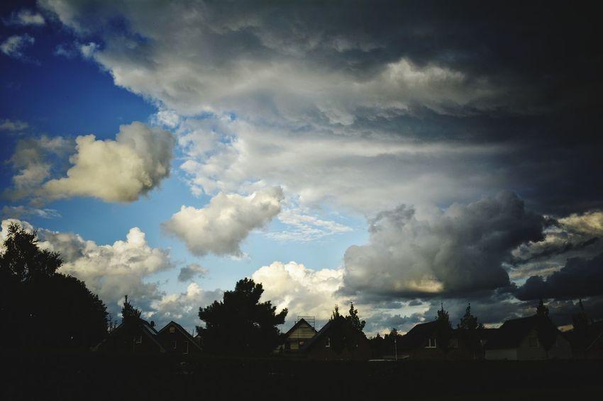 Atmosphere Atmospheric Mood Nikon D5200 Light And Shadow Showcase Oktober 2016 Nikonphotography Cloudscape Outdoors Taking Photos Sky Nature  Cloud - Sky