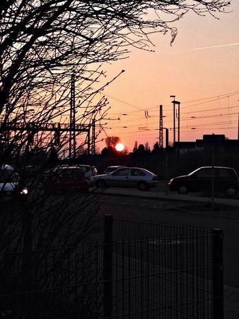 Sunset #sun #clouds #skylovers #sky #nature #beautifulinnature #naturalbeauty #photography #landscape Enjoying The Sun Details Of My Life Taking Photos