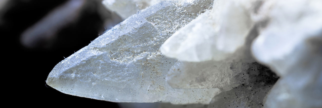 Calcite crystal, detail view of a druse in the limestone, find site Goslar, Harz-Mountains, macro Calcit 💫 Beauty In Nature Calcite Calcite Crystal Calcium Close-up Cold Temperature Crystal Day Detail Freshness Frozen Ice Ice Crystal Limestone Macro Nature No People Outdoors Quartz Snow Solid Textured  White Color Winter