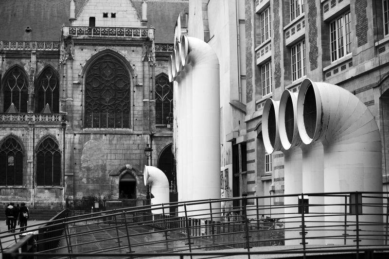 Place Igor-Stravinsky/Église Saint-Merri, Paris, France Arch Architecture Architecture Bridge Building Exterior Built Structure Church City City Life Contradiction Day Façade France Gothic Incidental People Modern Old Fashioned Outdoors Paris Travel Destinations Ventilation Vents Window
