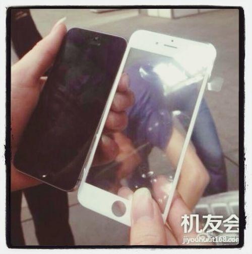 Sehen wir hier das Frontpanel des iPhone 6 im Größenvergleich mit dem iPhone 5? Apple Iphone 6