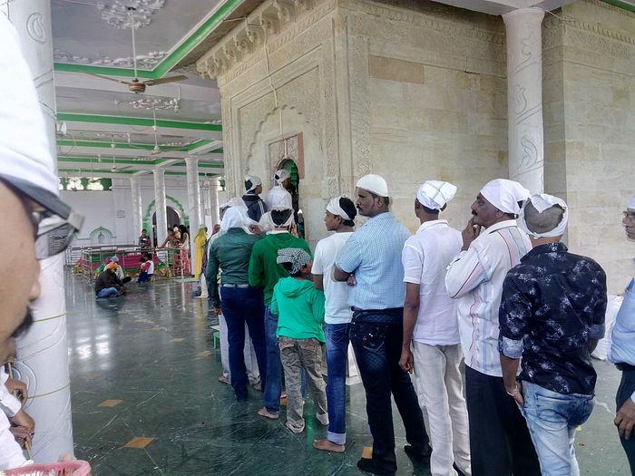 Heyyyy Traveling Temple Queue Dargah Faith Having Fun EyeEm Best Shots EyeEm Gallery Week On Eyeem EyeEm World Club Photo 🌎📷 Best Of EyeEm But Still A Lot To See In Nagpur,India