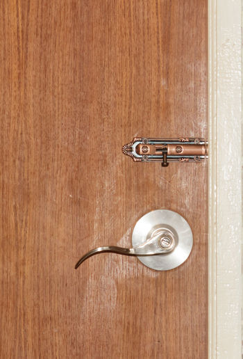 Close-up Day Door Door Knob Door Lock Door Way Doorknob Doors Doors Lover Doorsworldwide Doorway Indoors  No People Object Object Photography Objects Objects Of Interest Secure Security Security System Wood - Material Wood Grain