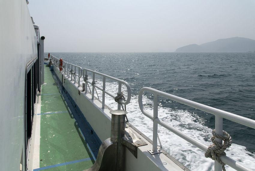 sailing on board to Jangsado Island in Tongyeong, Gyeongnam, South Korea Nikon D850 Tongyeong D850 Jangsado On Board On The Boat On The Ship Outdoor Outdoor Photography Outdoors Sailing Sea Seascape
