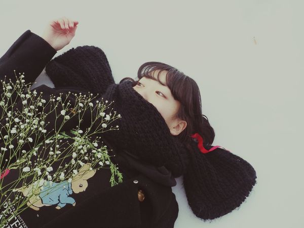 Girl White Flower Flowers, Nature And Beauty Flowers,Plants & Garden Flower Collection Flowers Flower Kasumi Grass White Album White Ribon Snow ❄ Snow Snow Day Red