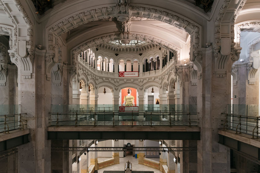 Main hall of Cibles Palace in Madrid Architecture Centro Cibeles Palace City Hall Madrid Madrid Spain SPAIN Arch Architectural Column Architecture Built Structure Centrocentrocibeles Culture Day Dome Europe Hall Indoors  Landmark Real People Tourism Travel Travel Destinations
