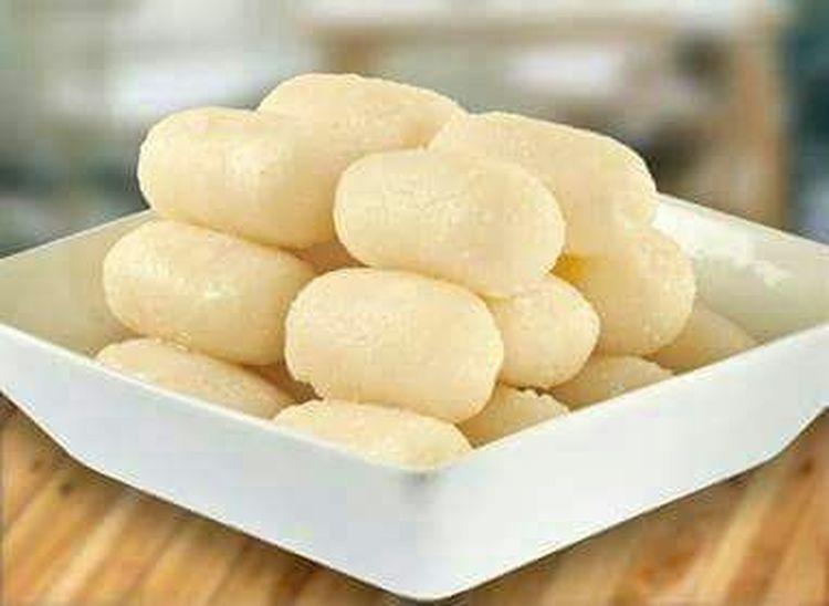 India recipe:Rasgulla... Food And Drink Indoors  Food No People Freshness Healthy Eating Sweet Food Appetizer Defocused Ready-to-eat Stuffed Sour Taste