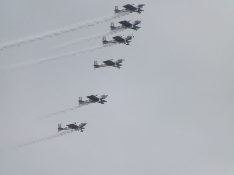 Air Acrobatics Airshow Airshowphotography Flying Military Airplane No People Planes In The Sky Sky Teamwork