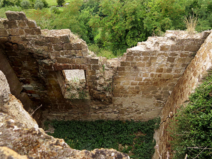 Abandoned Places Central Italy History House Inside No People Outdoors Ruins Ruins_photography Stone Walls View From Above
