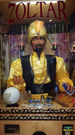 zoltar Novelty Toy Fortune Teller Mannequin cards Tarotreader Amusement