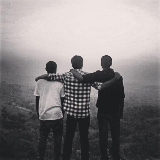 Bestfrnds Missingthem Separated Willstrikeback willmakeitrain brotherhood thuglove ♥